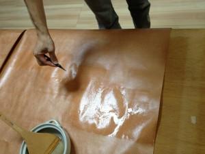 膠水の塗布